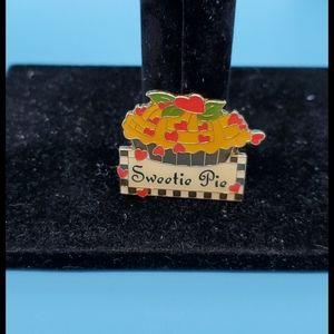 💥Mary Engelbreit•'Sweetie Pie' pinback- bundle!♥